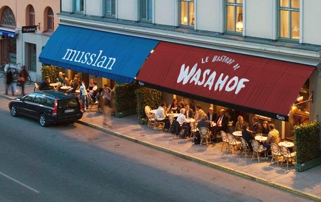 Wasahof är en klassisk restaurang i Stockholm med skaldjur som specialitet.